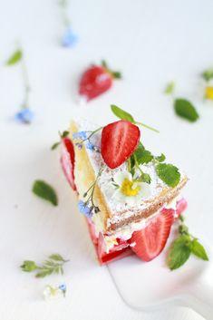 Eggless Strawberry Cheesecake (Lemon&Rose Flavored) | by Cintamani, GreenMorning.pl