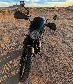We would love to get a Street Scrambler dirty - and Utah is a great place to do just that. Loving the Tiger 800 handguards too Credit: @chrisvatier Triumph Street Scrambler Featuring the Midnight Tint Classic Flyscreen! SHOP LINK IN BIO