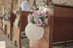 Toma nota de estas lindas ideas de detalles y decoraciones que no debes olvidar en una boda. Todas son ideas sencillas y fáciles de aplicar...