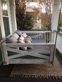 Free DIY Porch Swing Plans & Ideas to Chill in Your Front Porch Graceful round wicker porch swing bed to inspire you Farmhouse Porch Swings, Wicker Porch Swing, Patio Swing, Porch Swing Beds, Patio Privacy, Farmhouse Front, Privacy Screens, Antique Farmhouse, Bed Deck