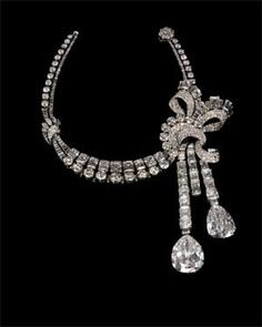 Van Cleef and Arpels - Platinum and Diamonds - 1930s