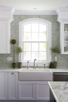 99 Elegant Subway Tile Backsplash Ideas For Your Kitchen Or Bathroom (40)