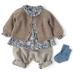 BONTON リバティブラウス・カーディガン・パンツ、BONPOINT ソックス Girls Fall Fashion, Cute Kids Fashion, Girl Fashion, Stylish Baby, Trendy Baby, Baby Boy Outfits, Kids Outfits, Little Baby Girl, Baby Kids