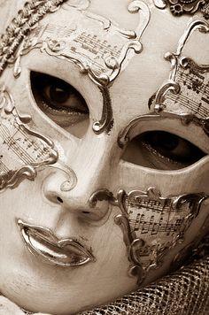 Venice Carnival 2012 by Nunzio Fracalanza Venetian Carnival Masks, Carnival Of Venice, Venice Carnivale, Venitian Mask, Costume Venitien, Venice Mask, Masquerade Party, Masquerade Masks, Beautiful Mask