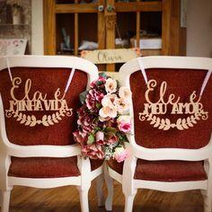 Placa cadeira noivos ele e ela