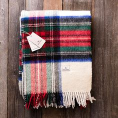 Transform existing interiors with this stunning August Wilson Blanket. It's the perfect addition to any room and wonderfully complements existing decor.
