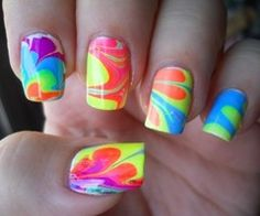 Really sweet/actually easyy way to do your nails!