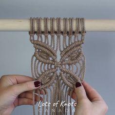 Me gusta, 28 comentarios - Chantel Conlon Macrame Design, Macrame Art, Macrame Projects, Macrame Jewelry, Macrame Supplies, Crochet Projects, Macrame Wall Hanging Patterns, Macrame Plant Hangers, Macrame Patterns