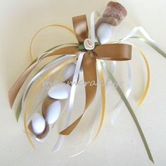Thank your wedding guests for celebrating your big day with you! Baby Wedding, Greek Wedding, Wedding Candy, Wedding Confetti, Wedding Party Favors, Wedding Gifts, Wedding Decorations, Italian Wedding Favors, Chocolate Favors