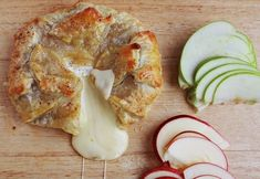 Starter: Baked Brie   9 Super Romantic Dinners For Two