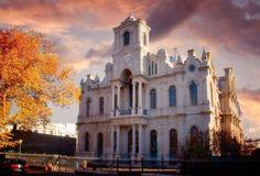 Biserica Greceasca din Braila    Foto: Liviu Dediu    Surprising Romania - Impreuna promovam frumusetile Romaniei! One Pic, Notre Dame, Dan, Europe, Mansions, History, Country, Architecture, House Styles