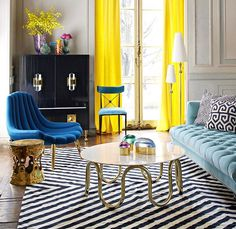 How to Rock Modern American Glamour Interior design geometric rugs Jonathan Adler colourful living room luxury homes brass coffee table lucite geometric rugs Slim Aarons wall prints Hollywood decor Palm beach chic Well if you love colour there' Ok Design, Deco Design, House Design, Design Ideas, Design Projects, Design Trends, Wall Design, Design Styles, Creative Design