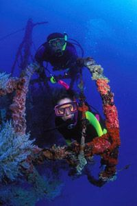 What better place than the Florida Keys to obtain your SCUBA diving certification?  #SCUBA #FloridaKeys #KeyWest
