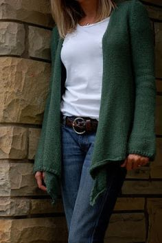a Friend to knit with: slouchy cardigan, without hood, from   'Greetings from Knit Cafe'