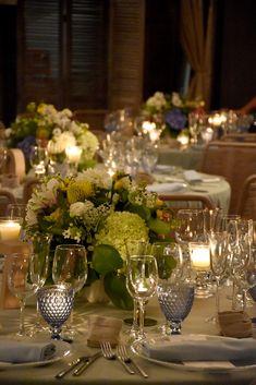 Boda romántica y elegante. Centro de mesa. Boda en Mas Darder. Romantic and elegant wedding. Centerpiece. Wedding in Mas Darder.