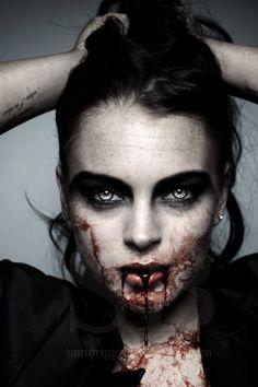 Vampire Lindsay by SamBriggs