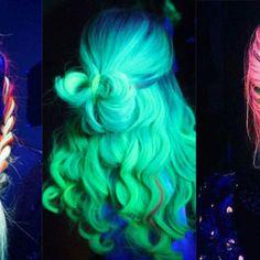 Phoenix: il trend dei capelli neon!#chromingmakeup #chroming #makeup #trucco #girl #girly #makeupnews #makeupstuff #jessicamix #blog #blogger #beautynews #beautytrend #hair #capelli #hairstyle #hairtrend #pinterest #style #beautylook