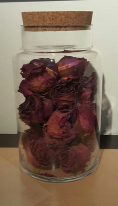 Dried a bouquet of roses my husband gave me, then put them in a jar to display and preserve them. (The container was purchased at Micheals) #hannahevansprojects #driedflowers #vase