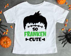 Halloween Shirts For Boys, Halloween Kids, Halloween Costumes, Homemade Shirts, Online Fonts, Diy Shirt, Tee Shirts, Halloween Quotes, Silhouette Machine