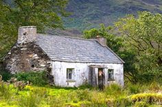 UTV Lesser Spotted Snapper of the Year: The 12 incredible pictures of Northern Ireland that made the 2016 calendar Old Buildings, Abandoned Buildings, Abandoned Places, Abandoned Property, Amazing Buildings, Irish Landscape, Ireland Landscape, Landscape Art, Bungalows