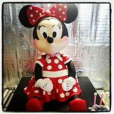 Minnie mouse bday cake