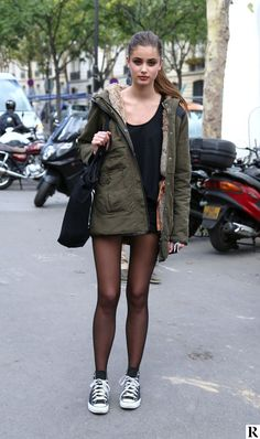 Tights and Pantyhose Fashion Inspiration Help. Pantyhose Fashion, Pantyhose Outfits, Fashion Tights, Black Pantyhose, Tights Outfit, Black Tights, Nylons, Fashion Outfits, Grunge Fashion