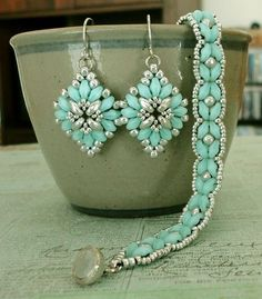 SuperDuo Rosette Bracelet & Cute and Easy Earrings Set | Linda's Crafty Inspirations | Bloglovin'