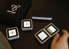 Sifteo Cubes Review and #giveaway