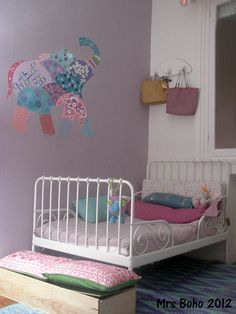 """After a month of holidays and back to school, the group """"We agreed ."""" we gathered in the small room of the house. Blogger Home, Boho, Decor Interior Design, Kids Bedroom, Baby Kids, Toddler Bed, Bedrooms, House, Furniture"""