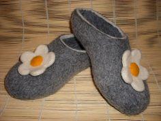 Handmade Felt Slippers Gray Camomile / Wool slippers by zinafelt. $55.00 USD, via Etsy.