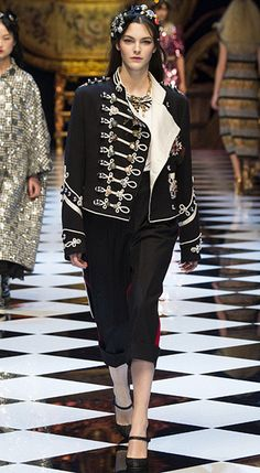 Dolce & Gabbana МУНДИР