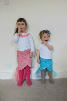 Made Teagans 4th Halloween costume, easy to follow patter and she still uses the costume for dress-up!>>>>DIY Mermaid Tail