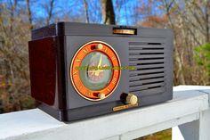 BLUETOOTH MP3 READY - Art Deco 1952 General Electric Model 66 AM Brown Bakelite Tube Clock Radio Totally Restored!