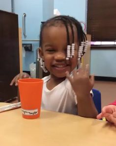 Babygirl is a complete MOOD 😩😂 💁🏾♀️ - funny photo of people Cute Baby Videos, Some Funny Videos, Funny Video Memes, Funny Short Videos, Really Funny Memes, Funny Love, Stupid Funny Memes, Funny Relatable Memes, Funny Facts
