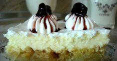 To ekmek tis tempelas- Laxtaristo-glykaki-pou-etoimazete-se-mhden-xrono-xwris-poly-kopo Greek Desserts, Greek Recipes, Easy Desserts, Cookbook Recipes, Cooking Recipes, Greek Dishes, Happy Foods, Vanilla Cake, Food Processor Recipes