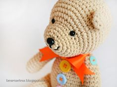 Airali handmade. Where is the Wonderland? Crochet, knit and amigurumi.: Teddy b... uttons