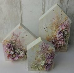 Mixed Media Canvas, Mixed Media Art, Mix Media, Diy Projects To Try, Craft Projects, Girls Night Crafts, Blackboard Art, Home Crafts, Diy Crafts