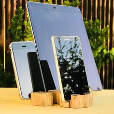 Desk organizer Docking station night stand tablet holder Stand for iPad and iPhone office organizer