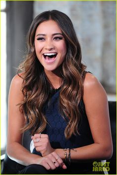 I want that hair! shay mitchell