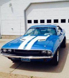1970 Dodge Challenger R/T 400 Magnum Porsche, Audi, Triumph Motorcycles, Ducati, Motocross, Dodge Challenger Models, Challenger Rt, Lamborghini, Mercedes Benz