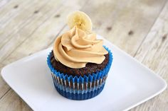 Chocolate Banana Cupcakes with Peanut BUtter Frosting