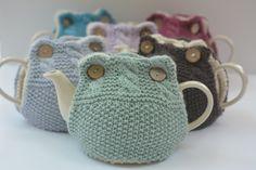 Ravelry: Emily Tea Cosy pattern by Libby Summers Crochet Tea Cosy Free Pattern, Tea Cosy Pattern, Knitting Patterns Free, Free Knitting, Crochet Patterns, Scarf Patterns, Hand Crochet, Simply Crochet, Crochet Geek