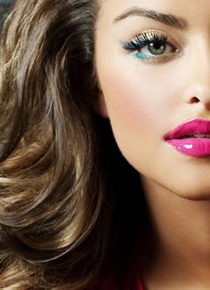 MAKEUP - I love the hot pink lips with a dark gold greasy eye liner, and just a hint of bold eyeliner color