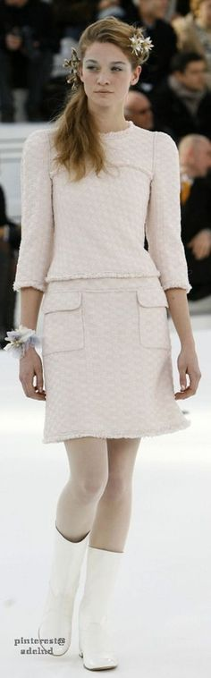 www.2locos.com  Chanel Couture spring 2006