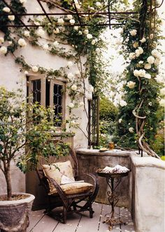 Beautiful French Cottage Garden Design Ideas – Decorating Ideas - Home Decor Ideas and Tips Outdoor Rooms, Outdoor Gardens, Outdoor Living, Outdoor Decor, Small Courtyard Gardens, Small Balconies, Outdoor Balcony, Outdoor Retreat, Dream Garden