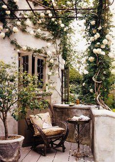 beautiful balcony.....armeringsnät  med jättetrist i ovanför huvudet. :-)
