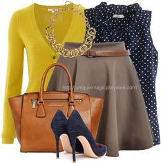 Taupe, Navy, Yellow.  If you love this then check out www.partiespearlsandbeingprecious.com