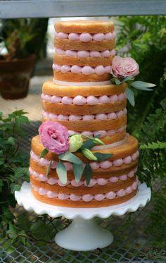 {So pretty ... I wish it had Lavender Frosting. It is by Cake Elizabeth} Na k ed