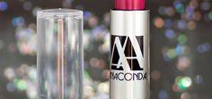 Você conhece a marca Anaconda? Ela é antiga de mercado e eu tive a oportunidade de testar um dos seus batons com protetor solar. Quer saber como ficou e o que eu achei? Acesse o blog para saber mais! http://fascinioporesmaltes.com/anaconda-cosmeticos-batom-hidratante-ardente/