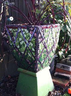 Green lattice mosaic pot